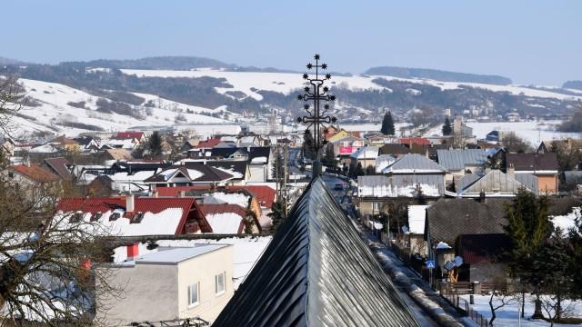 Vyčistili sme vežu aj podkrovie kostola v Tarnove